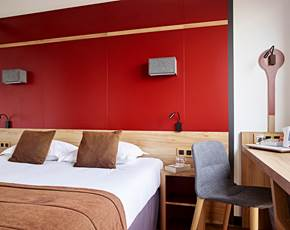 Double Rooms Hotel Median Paris Congres